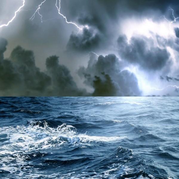 Πλοήγηση μέσα στην κρίση